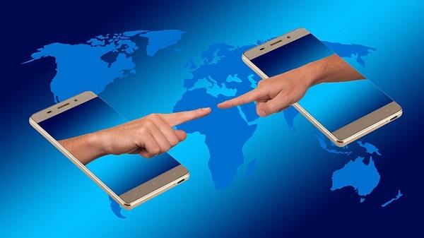 Social network: gli utenti attivi salgono a tre miliardi
